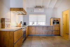 modern kitchen Sea Star