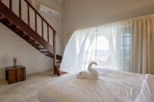 bedroom spectacular view