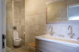 Elegant bathroom Sea Star villa