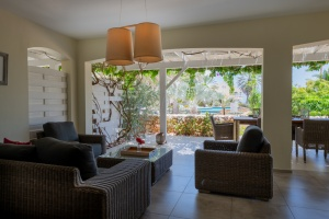Luxury 3 bedroom Seaview Apartment - Floral Dreams – Curacao Luxury Holiday Rentals